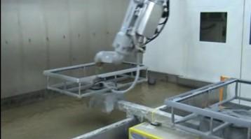 日立外壳机器人喷涂